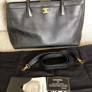 CHANEL Bags - Authentic Chanel Cerf Tote Black Pebble Leather